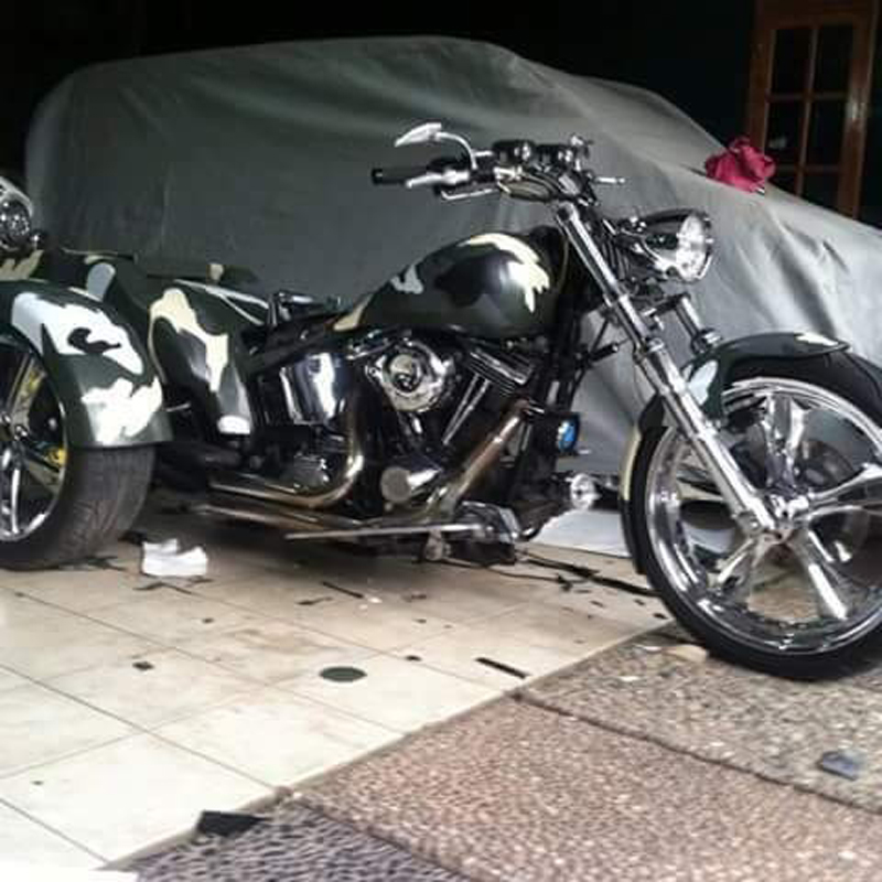 Wrapping Harley Davidson