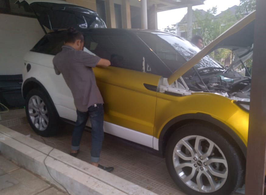 Tujuan wrapping sticker mobil